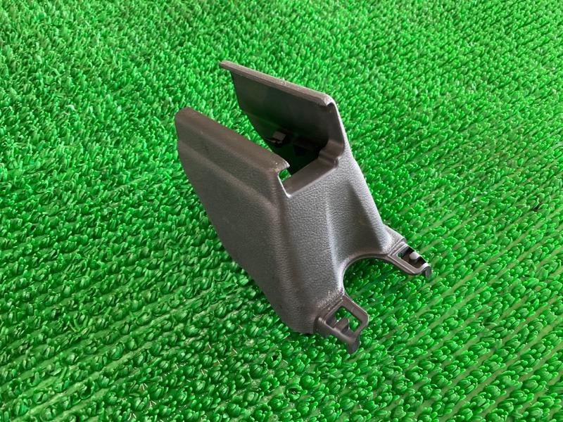 Крышка петли сиденья Honda Ridgeline 5FPYK3F54HB019382 J35Y6 2015 (б/у)
