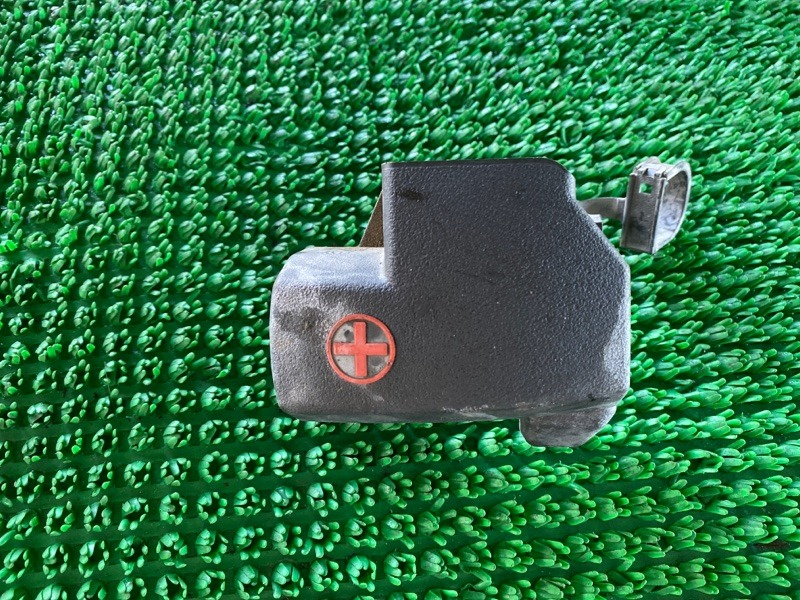 Крышка клеммы Toyota Land Cruiser Prado GDJ150 1GRFE 2009 (б/у)