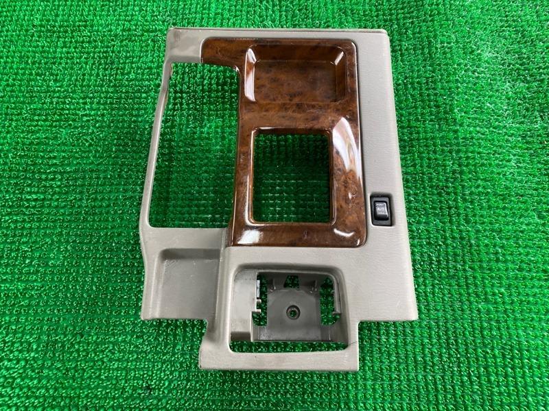 Консоль акпп Nissan Safari WRGY61 TD42T 1998 (б/у)