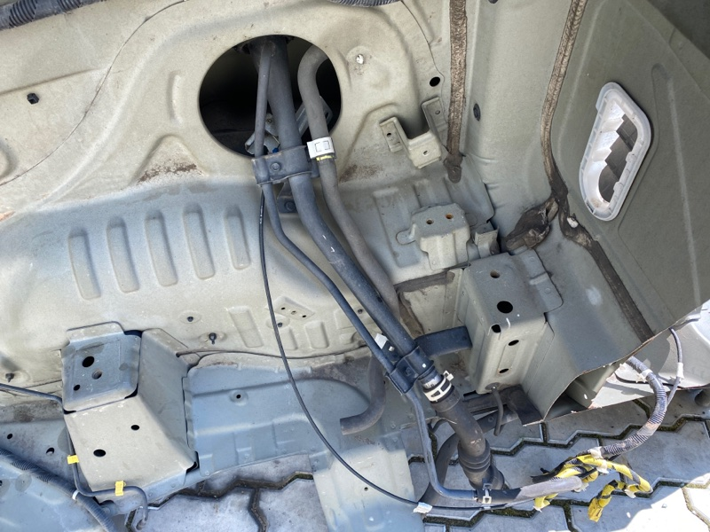 Горловина топливного бака Honda Ridgeline YK1 J35A 2006 (б/у)