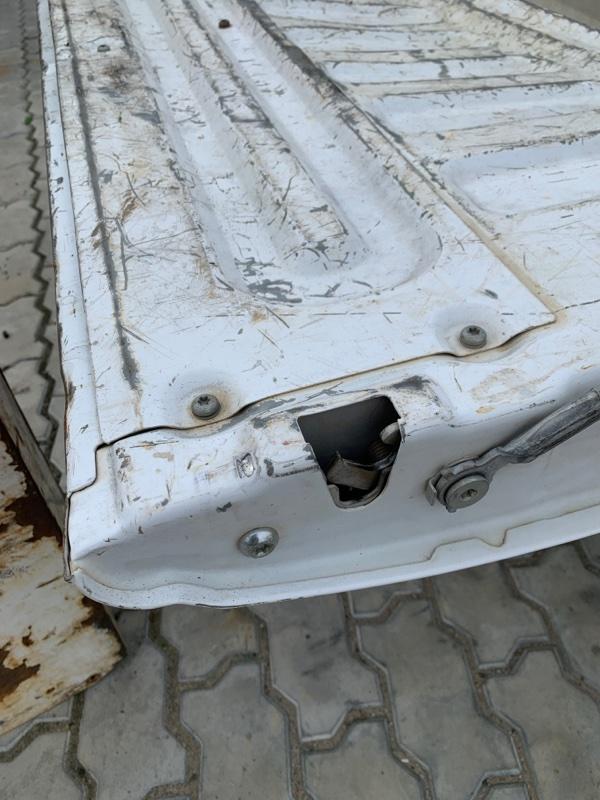 Замок откидного борта Ford F250 1FTNX21P53ED86740 6.0 2003 правый (б/у)