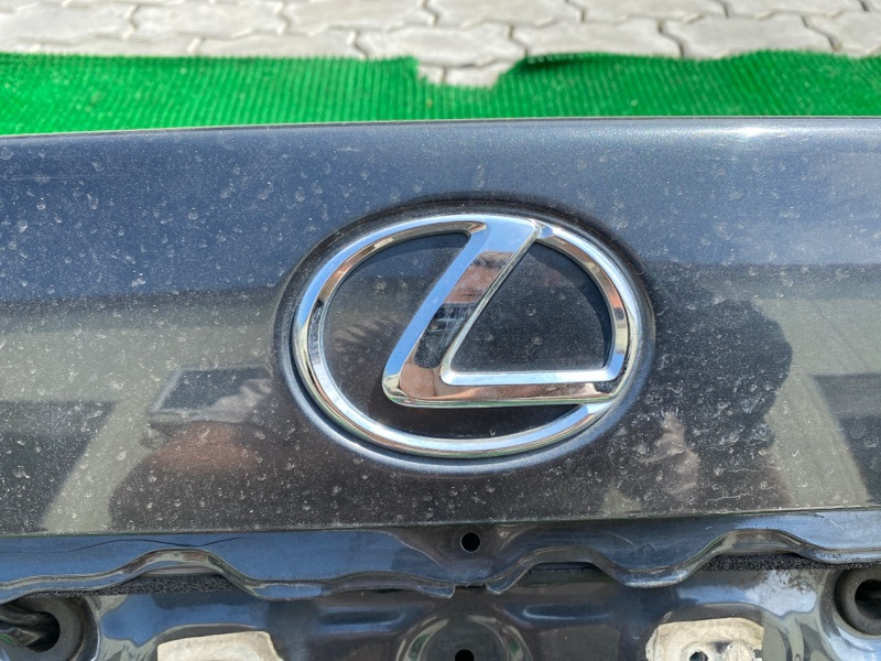 Эмблема багажника Lexus Ls460 USF40 1URFSE 2006 (б/у)