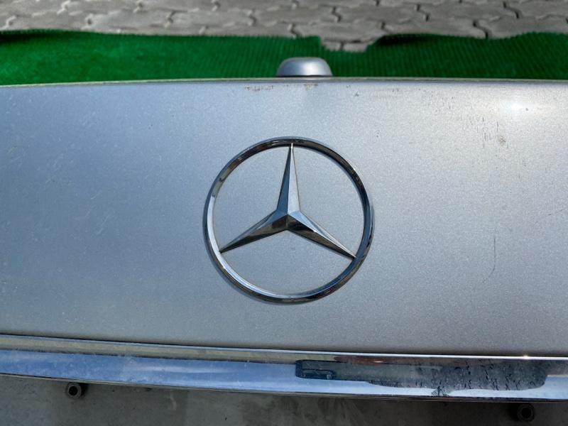 Эмблема багажника Mercedes-Benz S-Class W221 M273E46 2006 (б/у)