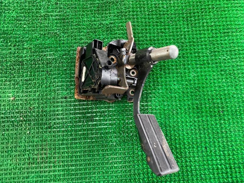 Педаль газа Ford F250 1FTNX21P53ED86740 6.0 2003 (б/у)