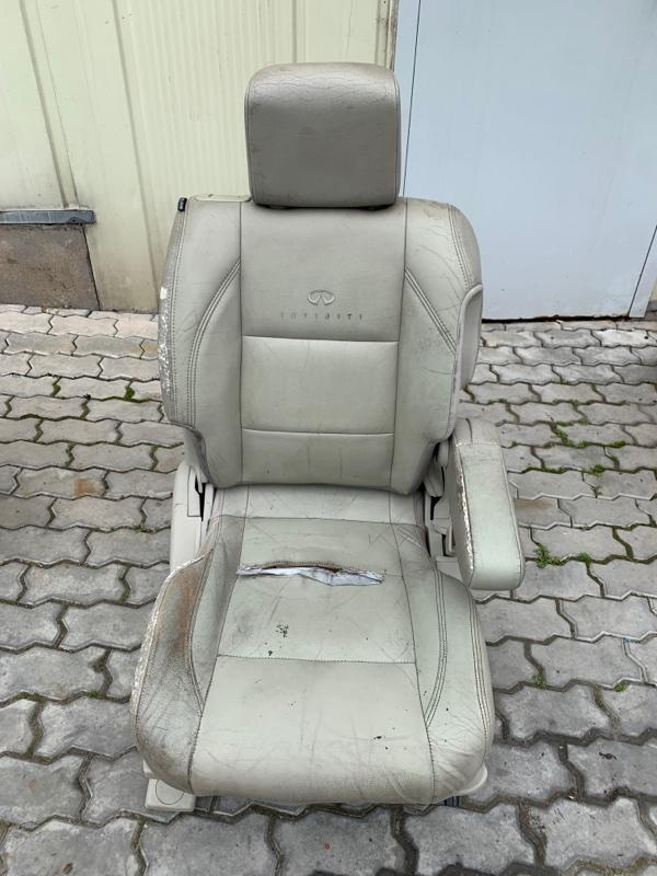 Сиденье Infiniti Qx56 JA60 VK56DE 2003 переднее правое (б/у)