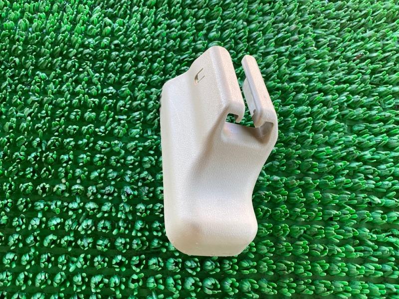 Крышка петли сиденья Infiniti Qx4 JR50 VQ35DE 1998 левая (б/у)
