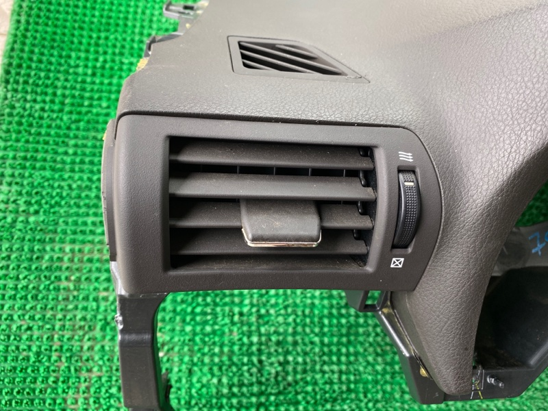 Дефлектор воздушный Lexus Rx450H GYL15 2GRFXE 2009 левый (б/у)