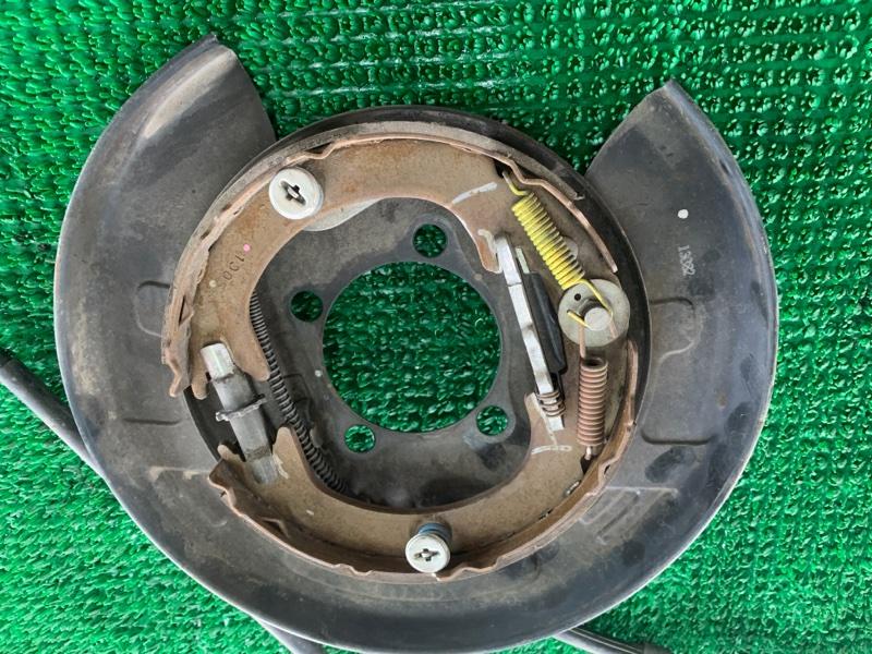 Колодки ручника Lexus Rx350 GGL15 2GRFE 2009 задние правые (б/у)