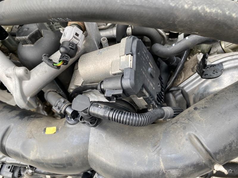 Заслонка дроссельная Audi Q7 4LB BAR 2006 (б/у)