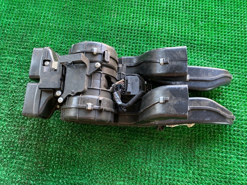 Печка салона Bmw X5 E70 N52B30 2006 задняя (б/у)