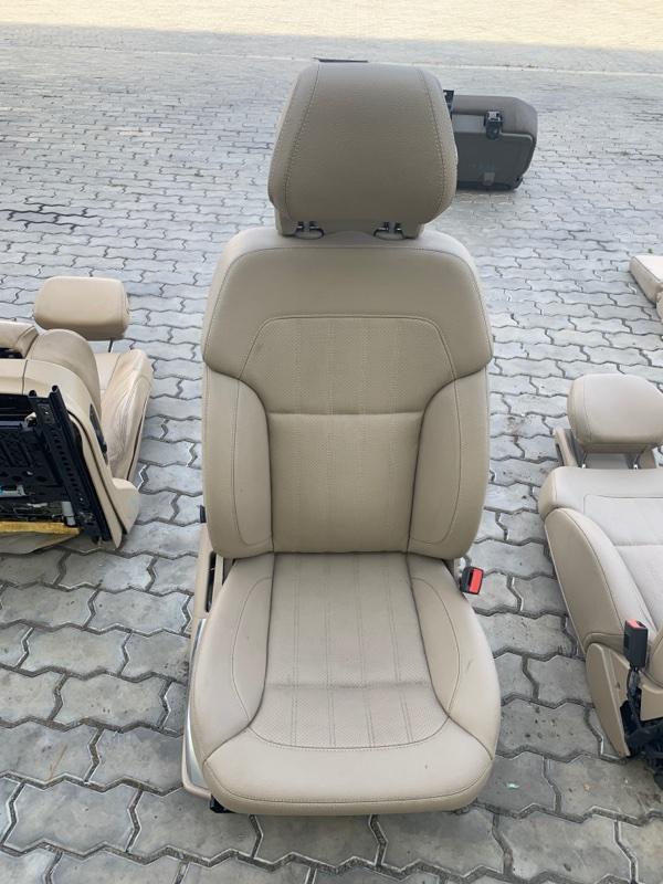 Сиденье Mercedes-Benz Gl-Class X166 M157DE55AL 2013 переднее правое (б/у)