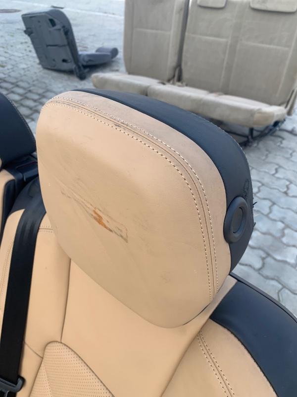 Подголовник Porsche Cayenne 958 M059E 2011 задний (б/у)