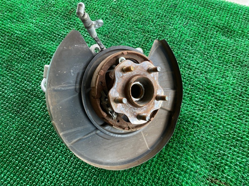 Колодки ручника Infiniti Fx35 S51 VQ35HR 2008 задние левые (б/у)