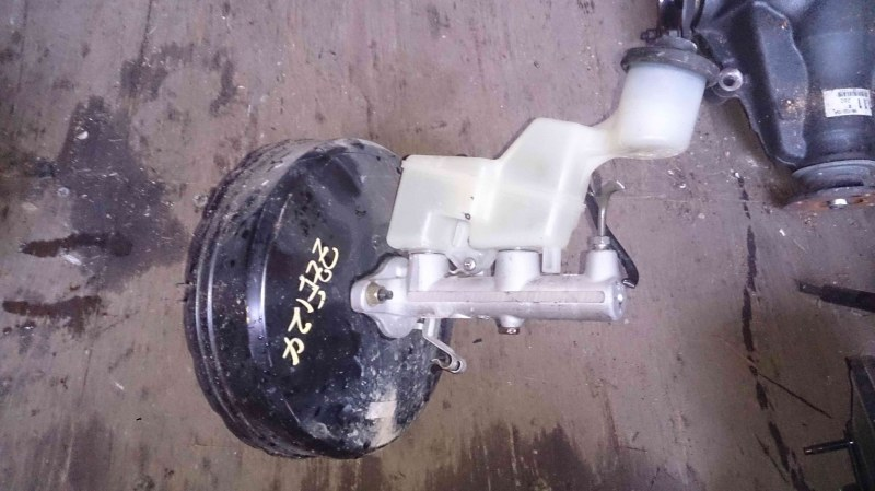 Бачок для тормозной жидкости Toyota Corolla Fielder NZE121