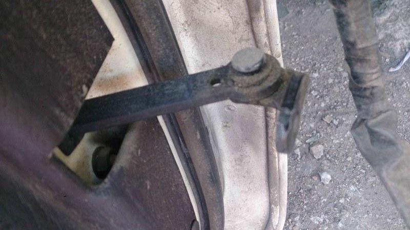 Ограничитель двери Toyota Vista SV30 задний левый