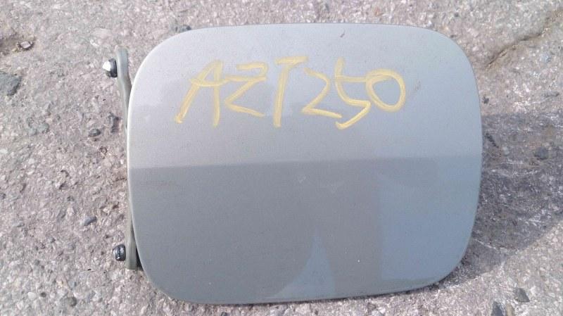 Лючок бензобака Toyota Avensis AZT250