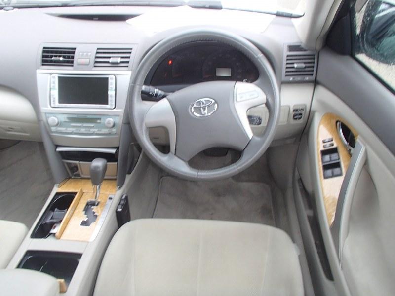 Консоль между сидений Toyota Camry ACV40 2AZ-FE