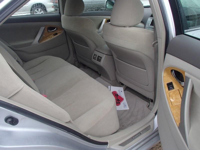 Бардачок между сиденьями Toyota Camry ACV40 2AZ-FE
