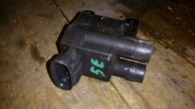 Катушка зажигания Toyota Raum EXZ15 5E-FE
