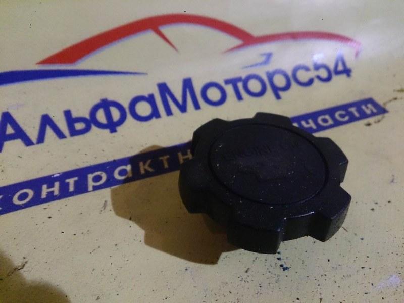 Крышка маслозаливной горловины Toyota Camry Gracia SXV20 5S-FE