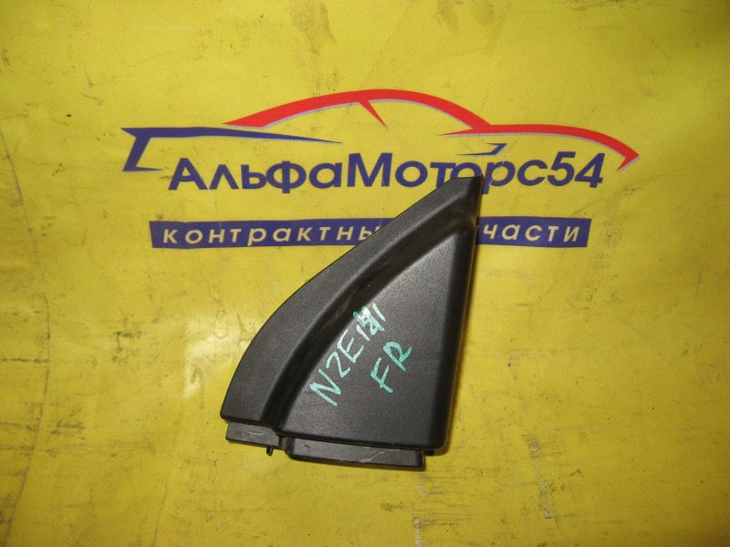 Накладка передней двери Toyota Corolla Fielder NZE141 1NZ-FE 2008 передняя правая