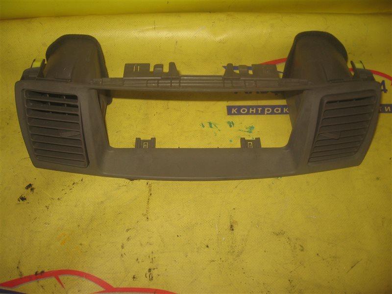 Панель под магнитофон Toyota Corolla NZE121 1NZ-FE