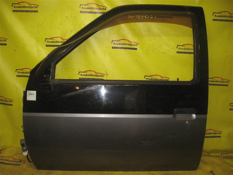 Дверь Nissan Terrano WBYD21 TD27T 1990 передняя левая