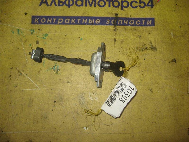 Ограничитель двери Toyota Camry ACV40 2AZ-FE 2007 передний правый