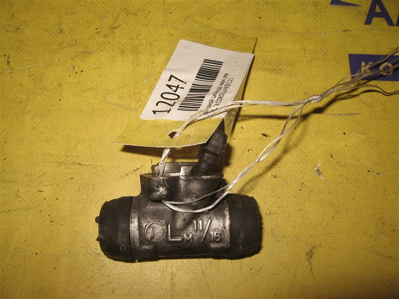 Тормозной цилиндр Toyota Corolla NZE121 1NZ-FE 2001 задний левый