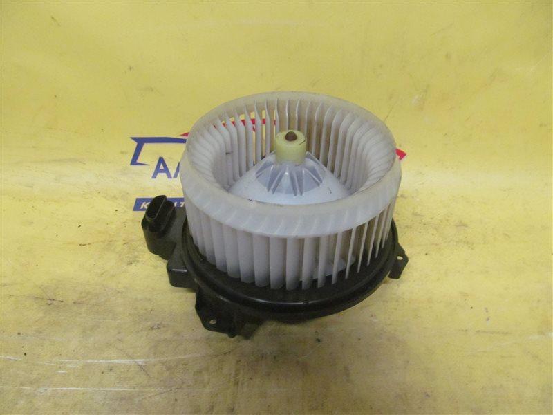 Мотор печки Toyota Auris NZE151 1NZ-FE