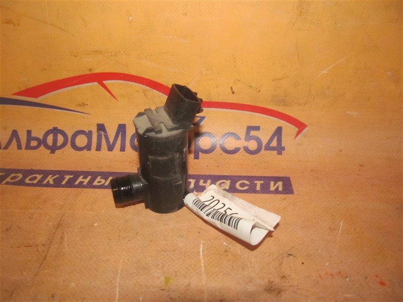 Мотор омывателя Toyota Corolla NZE121 1NZ-FE 2001
