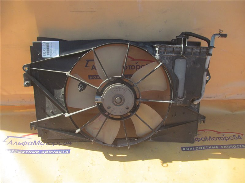 Диффузор радиатора Toyota Corolla NZE121 1NZ-FE 2001