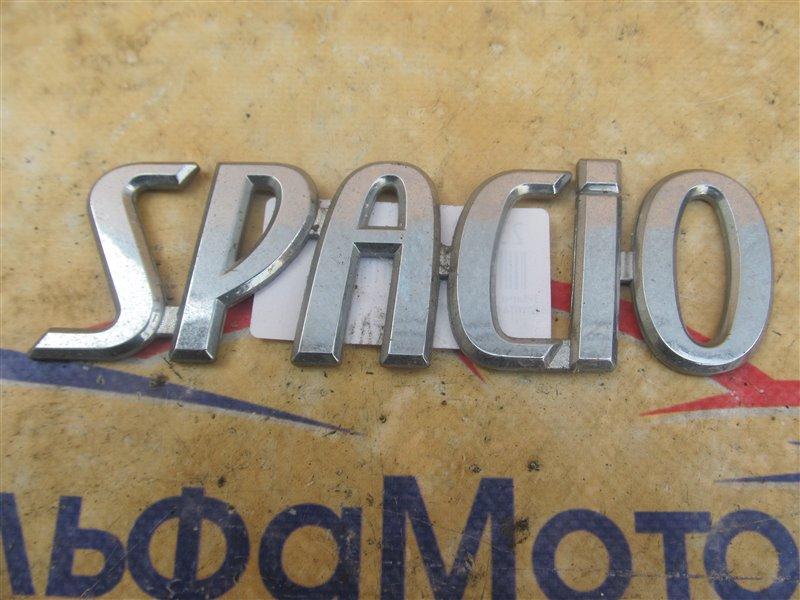 Эмблема Toyota Corolla Spacio NZE121