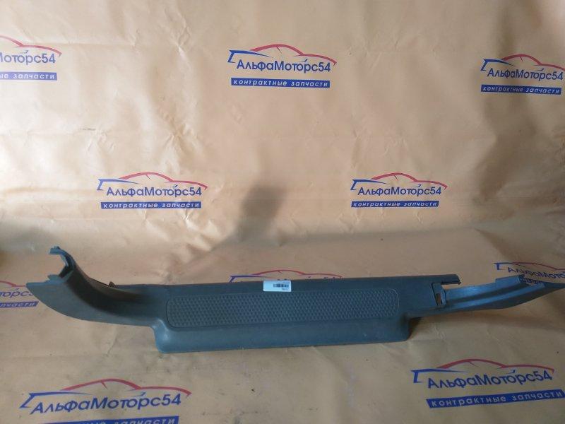 Порожек пластиковый Honda Cr-V RD1 передний левый