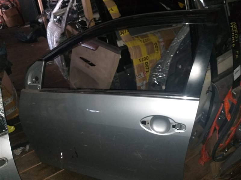 Дверь Toyota Corolla Axio NZE141 1NZ-FE передняя левая