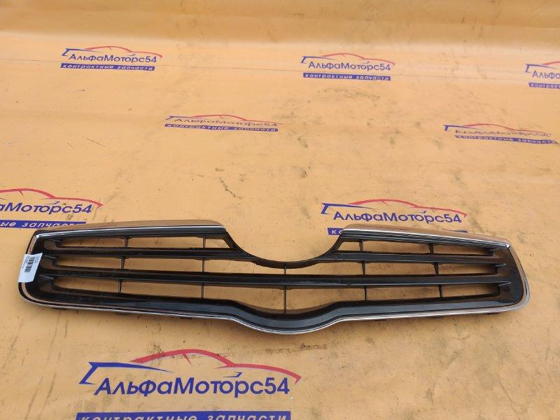 Решетка радиатора Toyota Avensis AZT250 2007