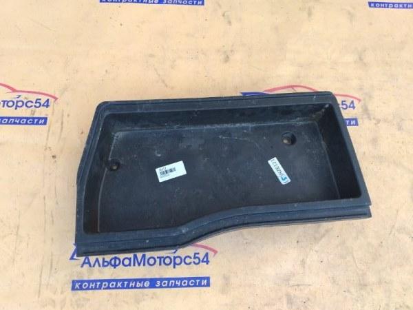 Ящик в багажник Toyota Allex NZE121 1NZ-FE 2003 правый