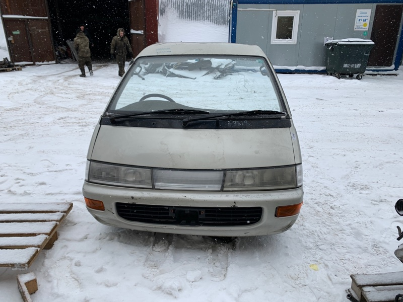 Nose-cut Toyota Town Ace YR30 3Y-E 1994