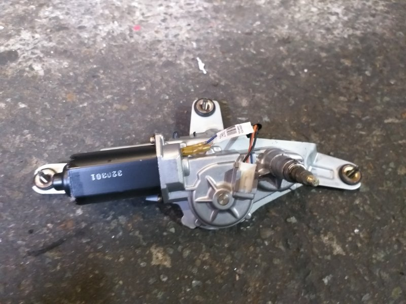 Мотор дворников Nissan Wingroad Y11