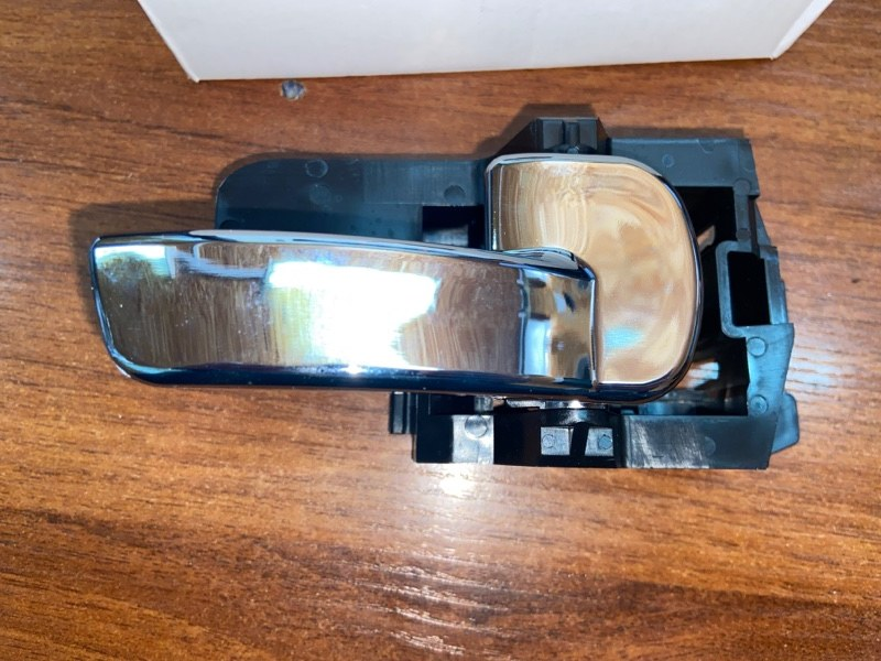 Ручка двери внутренняя Nissan Qashqai J10 MR20DE правая