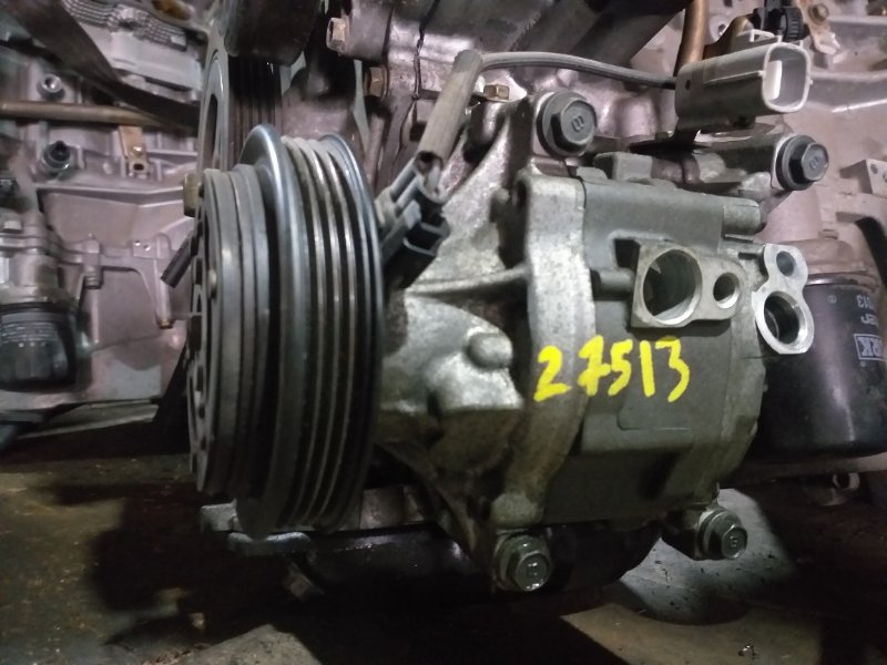 Компрессор кондиционера Toyota Corolla Fielder NZE121 1NZ-FE 2001