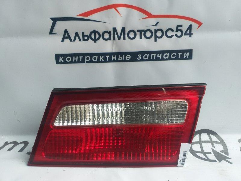 Вставка между стопов Nissan Presage U30 KA24DE правая