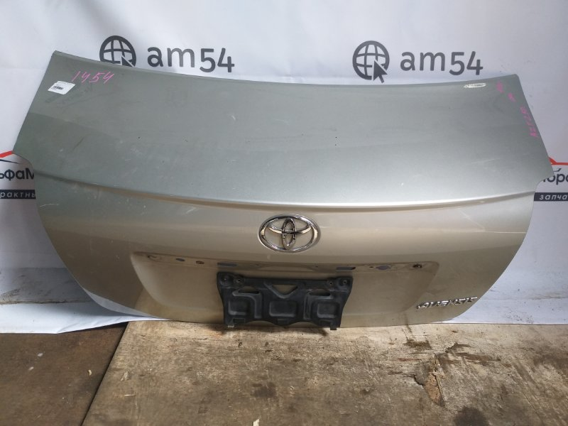 Крышка багажника Toyota Avensis AZT250 1AZ-FSE 2003