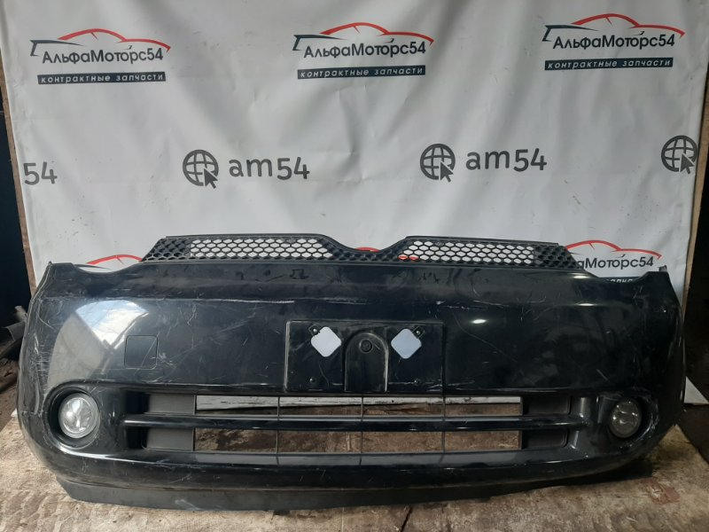 Бампер Toyota Sienta NCP81 1NZ-FE передний