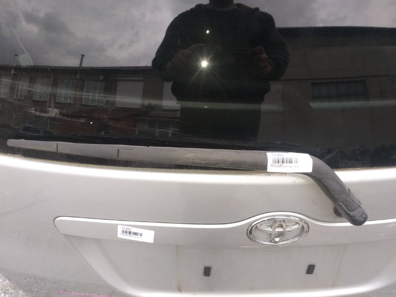 Дворник 5-й двери Toyota Corolla Spacio NZE121 1NZ-FE 2003