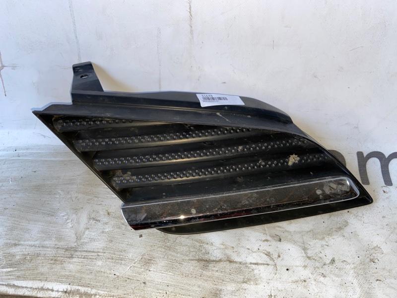 Решетка радиатора Nissan Primera HP12 передняя правая