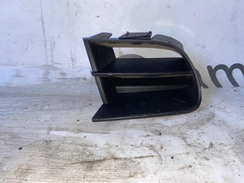 Заглушка бампера Nissan Primera HP12 передняя правая