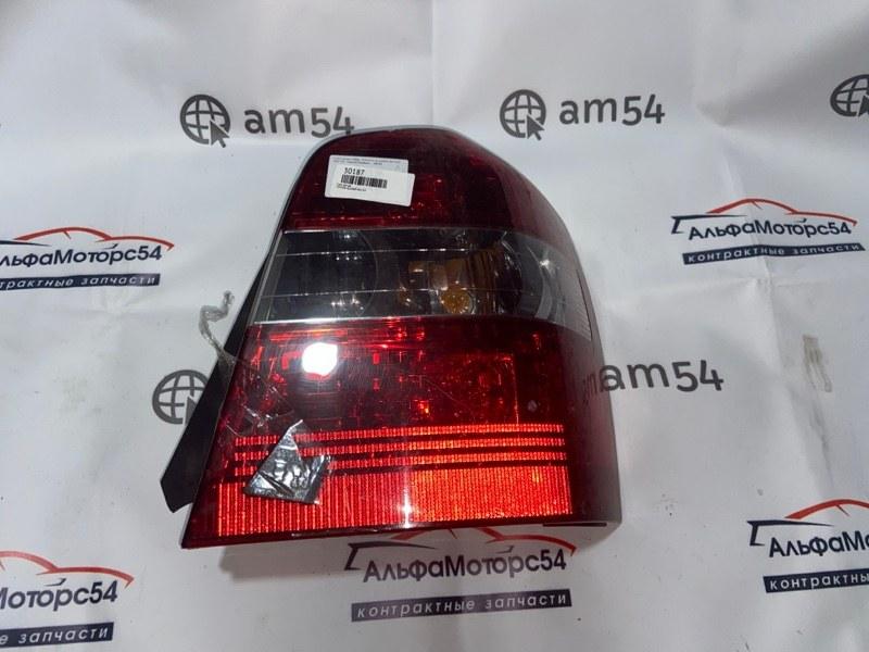 Стоп-сигнал Toyota Kluger MCU25 1MZ-FE 2004 задний правый