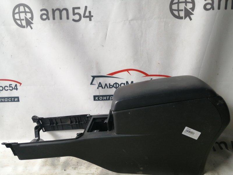 Бардачок Toyota Camry ASV50 2AR-FE