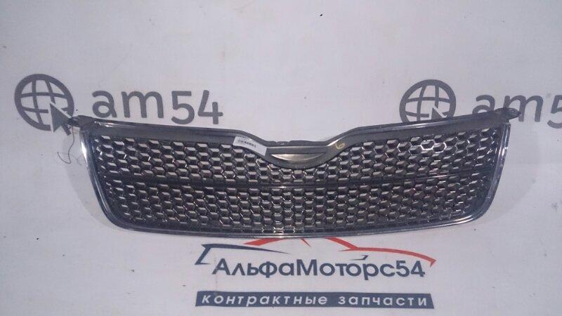 Решетка радиатора Toyota Corolla Fielder ZZE122 1ZZ-FE 2005